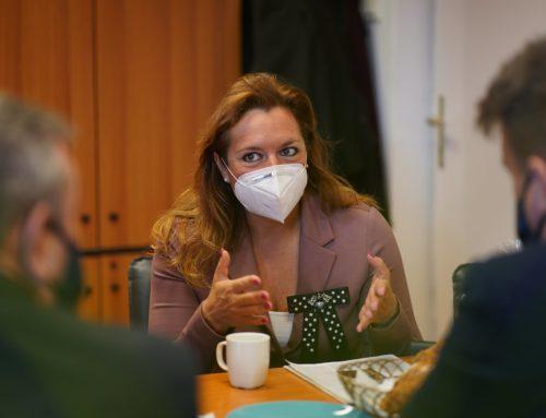 Dr. Vitályos Eszter államtitkár asszony látogatása Pilisborosjenőn
